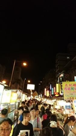 夜市.jpg