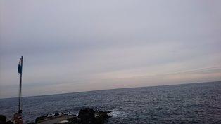 秋の浜月曜日.jpg